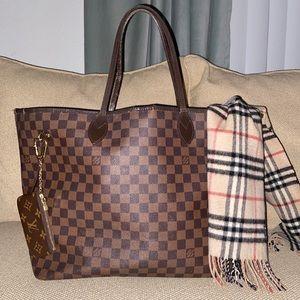 Authentic Louis Vuitton Damier Ebene GM Neverfull